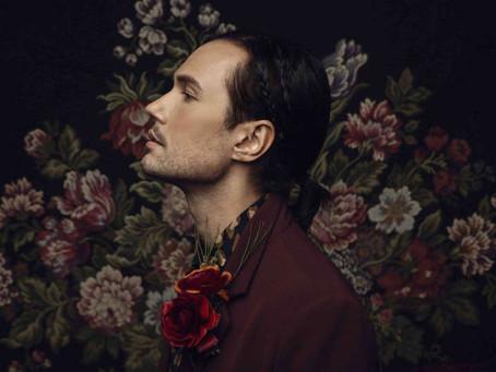 Jonas Myrin desnuda su sensibilidad a través de sus letras