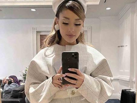 Ariana Grande estrena álbum y da respaldo a Joe Biden