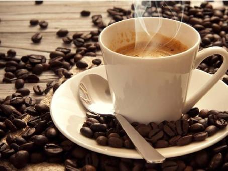 Beber café reduce el riesgo de padecer cáncer de próstata, revela estudio