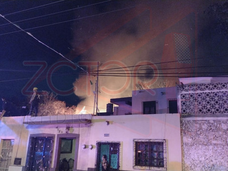 Se quema carpintería en el Centro de Mérida