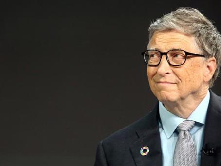 Bill Gates pide a AMLO más educación y menos petróleo
