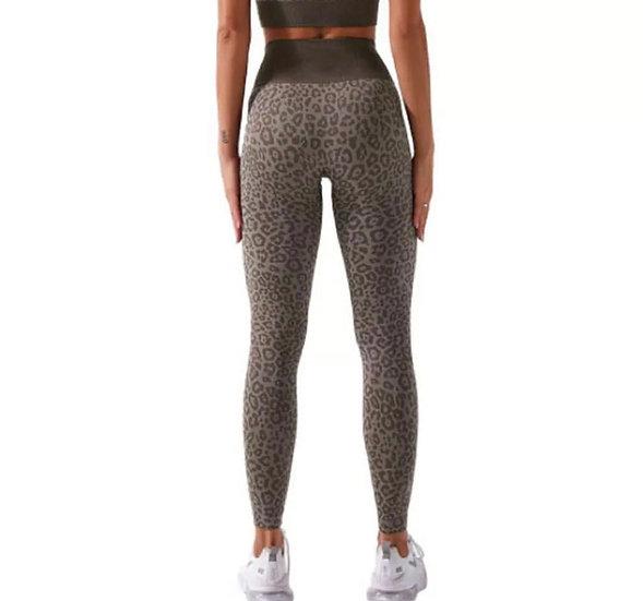 Seamless Leopard Print Active Leggings