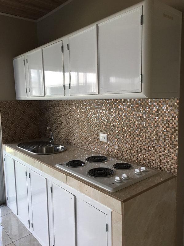 gabinete cocina blanca maxi pvc.jpeg