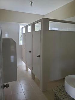 particion baño pvc maxi 10