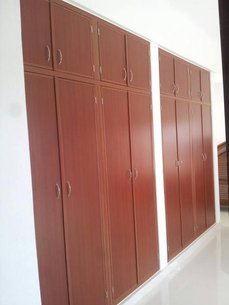 closet maxi.jpg