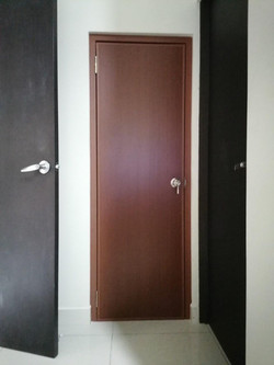 puerta pvc caoba