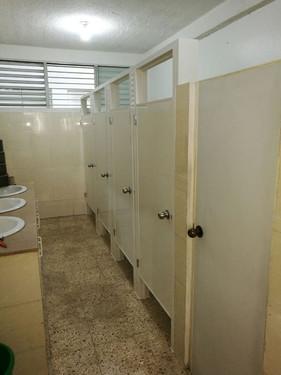 División de baño 5 espacios