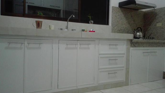 gabinete base blanco.jpg