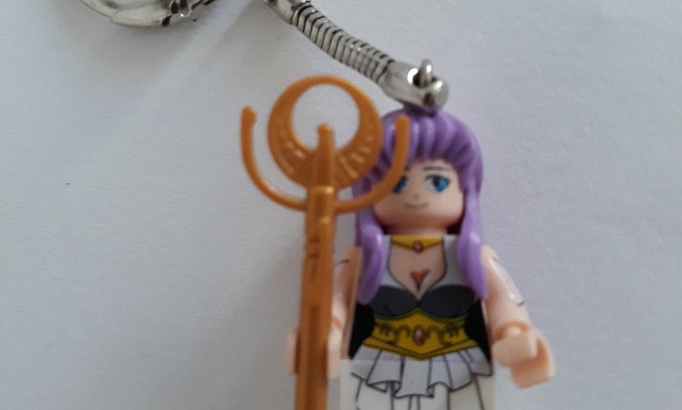 Porte clé Princesse Saori ( les chevaliers du zodiaque)