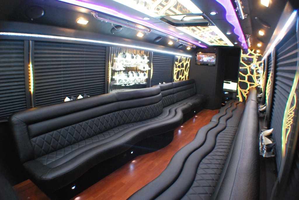 South Beach Miami FL Limo Bus