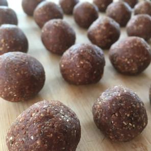 Choc Fudge Protein Balls -  Oil Free