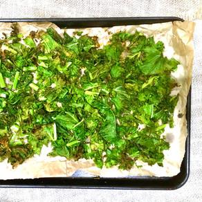 Easy Cheesy Kale Chips (Veto)