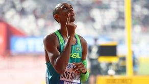 Atletismo: Alison dos Santos é prata e quebra recordes no Catar