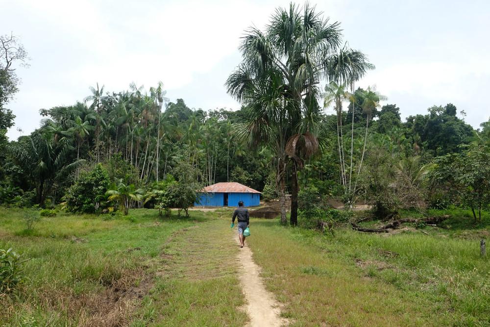 Comunidade Tukano, aos pés da Serra da Mucura (Foto: Alberto César Araújo/Amazônia Real)
