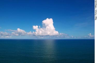 Oceano atlantico litoral da Bahia_01.jpg