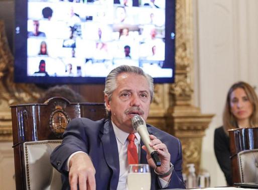 Fernández reestrutura dívida e garante US$ 40 bi para povo argentino