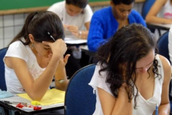 O Fies oferece financiamento de cursos em instituições privadas a uma taxa de juros de 6,5% ao anoArquivo/Agência Brasil