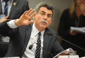Romero Jucá vai assumir liderança do governo no Senado