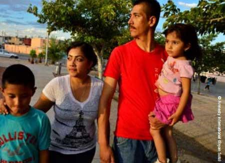 Rogelio Amaya com sua família