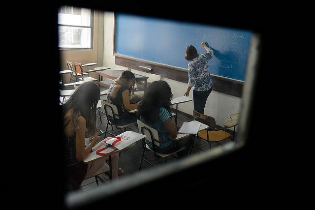 """Frei Vitor: """"O aluno é considerado 'bom' 'desde que' se comporte, fique em silêncio, atinja notas altas e outros mais"""" / Foto: Tânia Rêgo/Agência Brasil"""