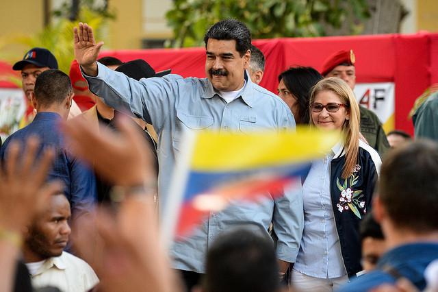 Maduro chegou ao seu segundo mandato enfrentando a pressão internacional lidera pelos EUA que, para o mandatário, busca promover um golpe / Federico Parra /AFP