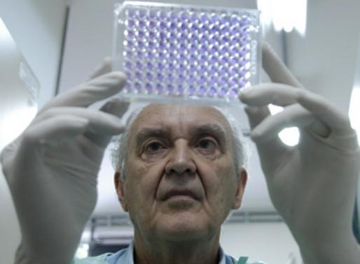 Memória: Cientista brasileiro que isolou vírus da dengue orientava olhar aos carentes