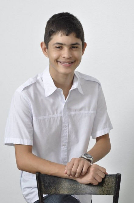 Jovem brasileiro é vencedor do Concurso Nacional de Redação de Cartas promovido pelos Correios Divulgação/MiniCom