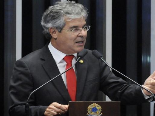 Viana: desmontado o golpe, País pede diálogo para resolver seus problemas