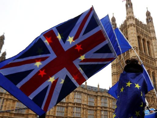 UE diz que momento é crucial nas negociações com Reino Unido