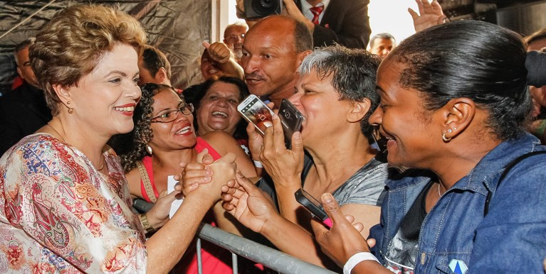A presidenta afirmou que o Minha Casa Minha Vida já atingiu a marca de 4,1 milhões de moradias contratadas - Foto Blog do Planalto