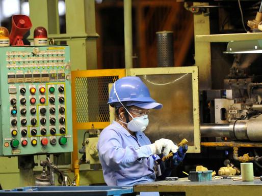 Bolsonaro derruba produção industrial e inviabiliza economia e empregos
