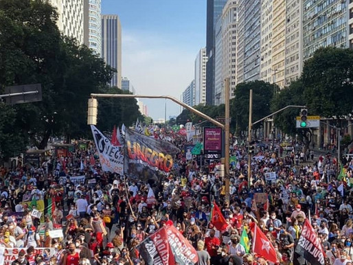Povo ocupa ruas para repudiar corrupção e genocídio