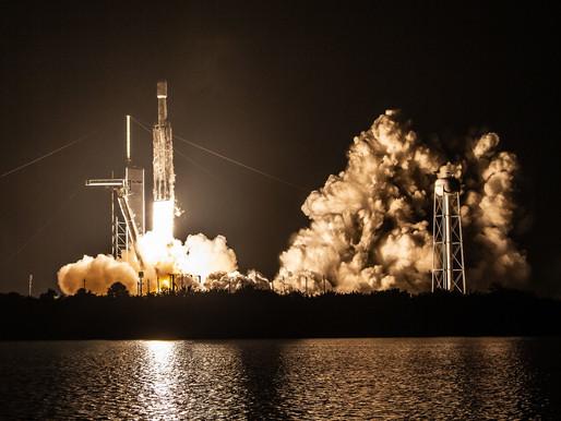 A SpaceX lançou sua 18ª missão de Serviços de Reabastecimento Comercial
