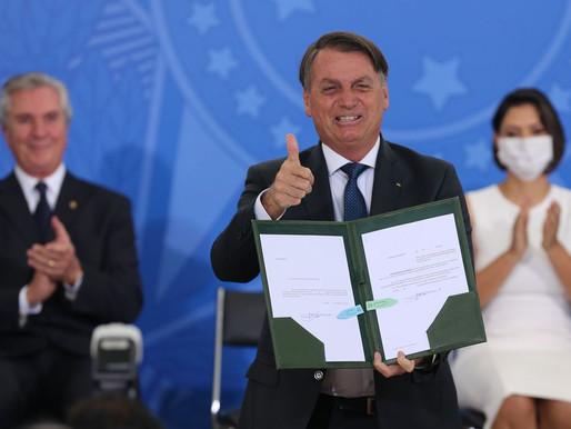 Bolsonaro é envolvido de vez no escândalo da vacina com propina