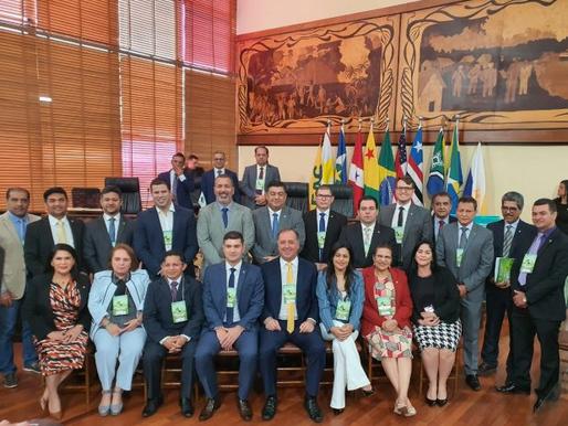 Aleac promove discussão sobre Aviação Civil durante a XIII Reunião do Parlamento Amazônico