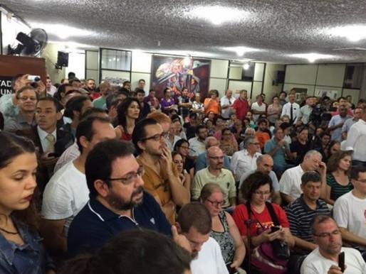 Evento de comunicação em SP denuncia abusos da Globo e defende Lula