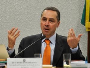 Barroso nega pedido para anular indiciamento de Temer