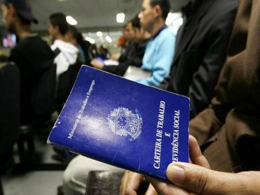 Economia entreguista empurra brasileiros para o desemprego