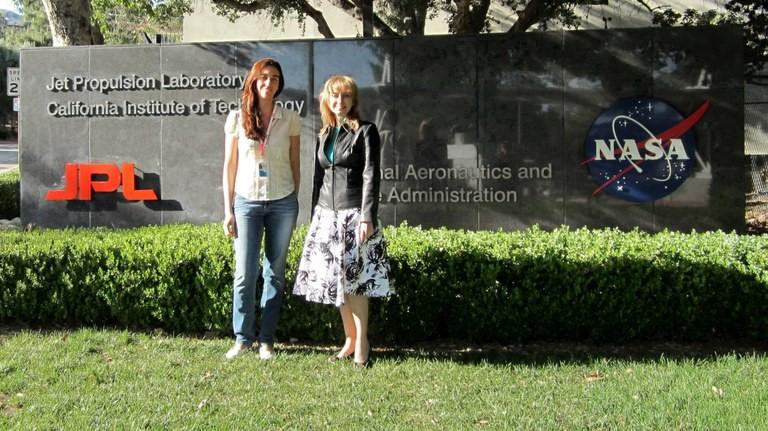 Astrônomas Rosaly Lopes e Fabíola Magalhães são aficionadas pelo cosmos e pelos vulcões -  Divulgação/MCTI