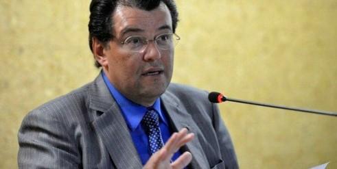 Eduardo Braga diz que o Brasil está cada vez mais distante de um racionamento de energia elétricaWilson Dias/Agência Brasil