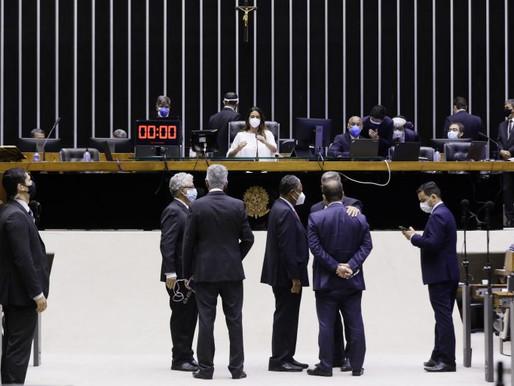 Anulação das condenações de Lula é elogiada e criticada no Plenário da Câmara