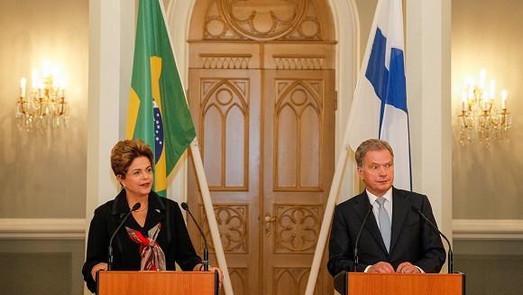 Presidenta Dilma e o presidente da Finlândia, Sauli Niinistö, durante declaração conjunta à imprensa. Foto: Roberto Stuckert Filho/PR