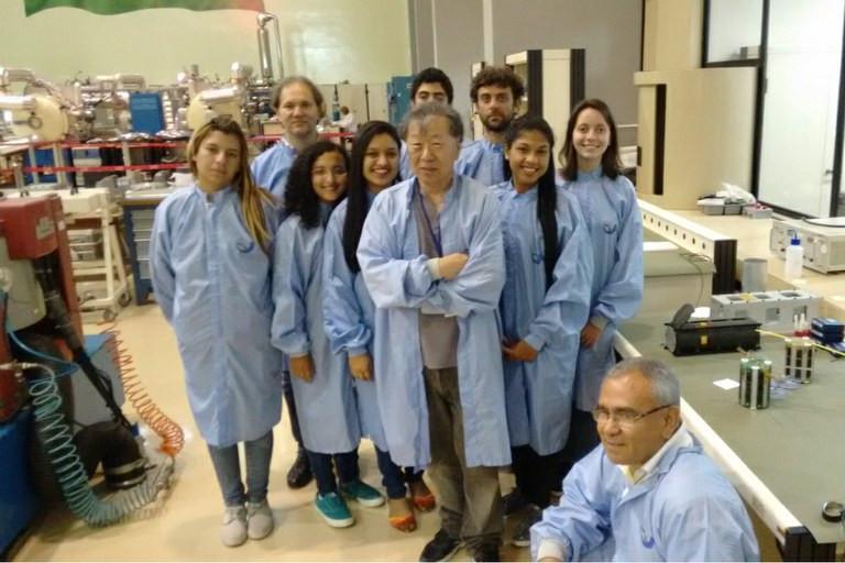 A escola conta com o projeto UbatubaSat, que desenvolve o interesse pela ciência e já atendeu pelo menos 700 alunos Divulgação/MCTIC