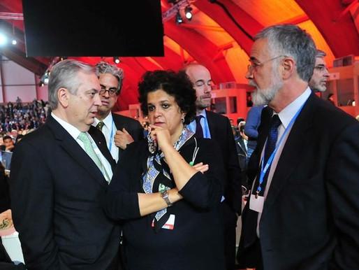 Mundo aprova acordo histórico em defesa do clima