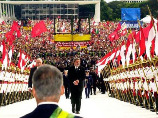 1º de janeiro de 2003: o metalúrgico chega à Presidência do país