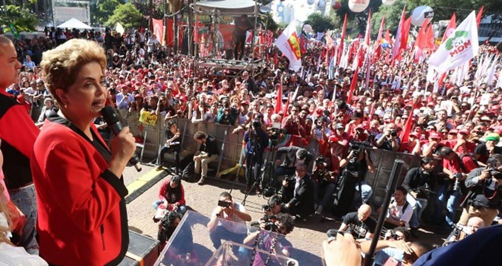 São Paulo 01/05/2016 Presidenta Dilma durante Ato em comemoração ao Dia do Trabalhador, no Vale do Anhangabau. Foto Paulo Pinto / Agencia PT