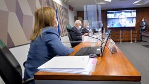 Mentiras da 'Capitã Cloroquina' vêm à tona e CPI analisa nova convocação