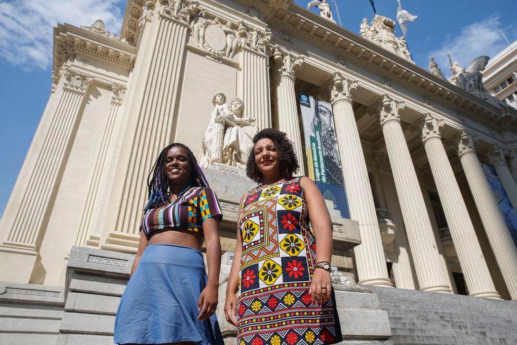 Ligadas a Marielle Franco, Dani Monteiro e Renata Souza foram eleitasdeputadas paraAssembleia Legislativa do Estado do Rio de Janeiro (Alerj)-Fernando Frazão/Agência Brasil