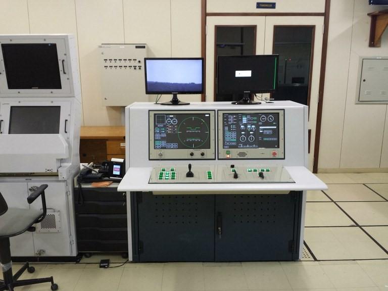 Radares Atlas e Adour foram modernizados Divulgação/AEB