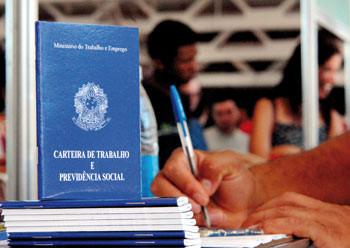 País perdeu 74.748 vagas formais em outubro, mostra Caged